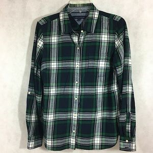 Tommy Hilfiger Plaid Shirt Button Front Size Med.